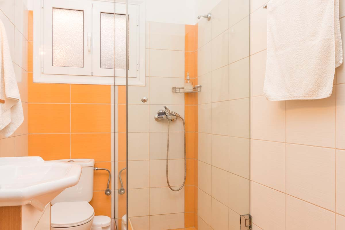 fouxia apartments bedroom sea view bathroom 2